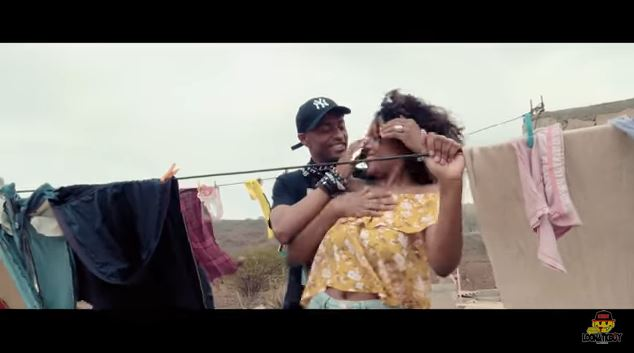 Loony Johnson Ft Zéca di Nha Reinalda - Homi Grandi